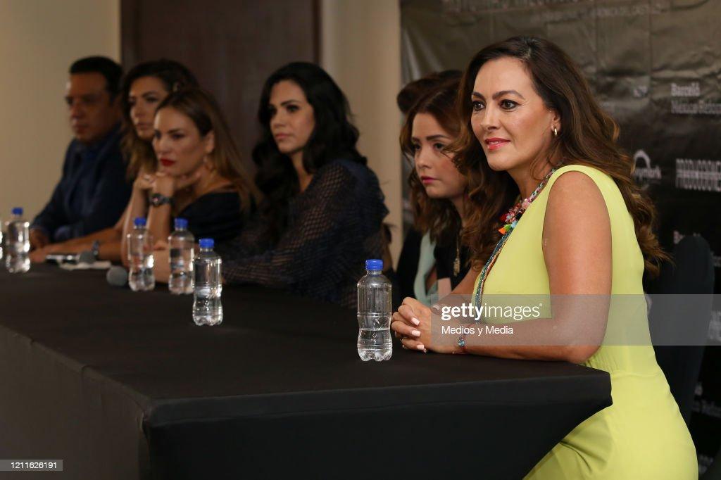 'Invencible' Press Conference : News Photo