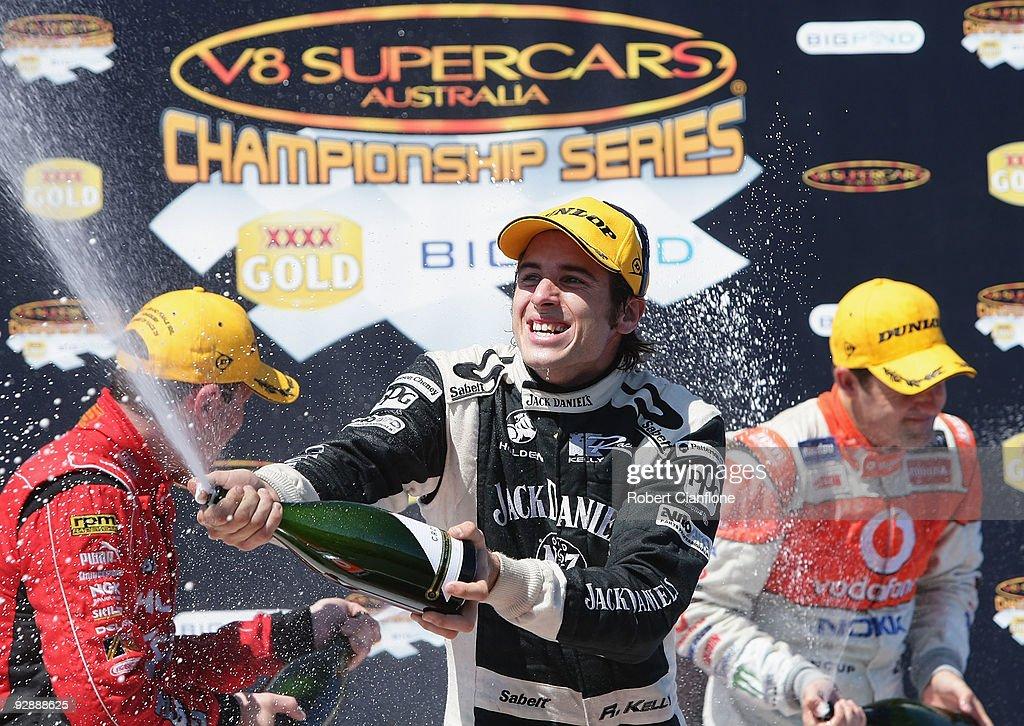 V8 Supercars Round 12 - Qualifying & Race 22