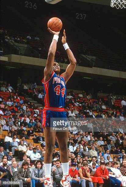 Rick Mahorn of the Detroit Pistons shoots against the Washington Bullets during an NBA basketball game circa 1996 at the US Airways Arena in...