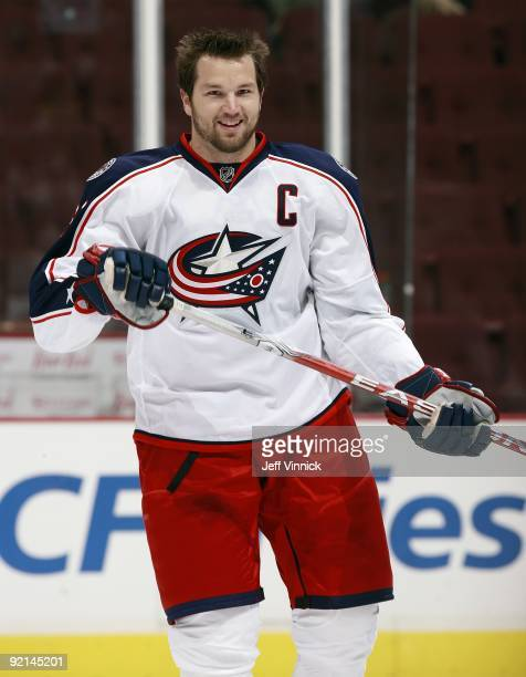 Rick Nash of the Columbus Blue Jackets skates to the bench during their game against the Vancouver Canucks at General Motors Place on October 5, 2009...