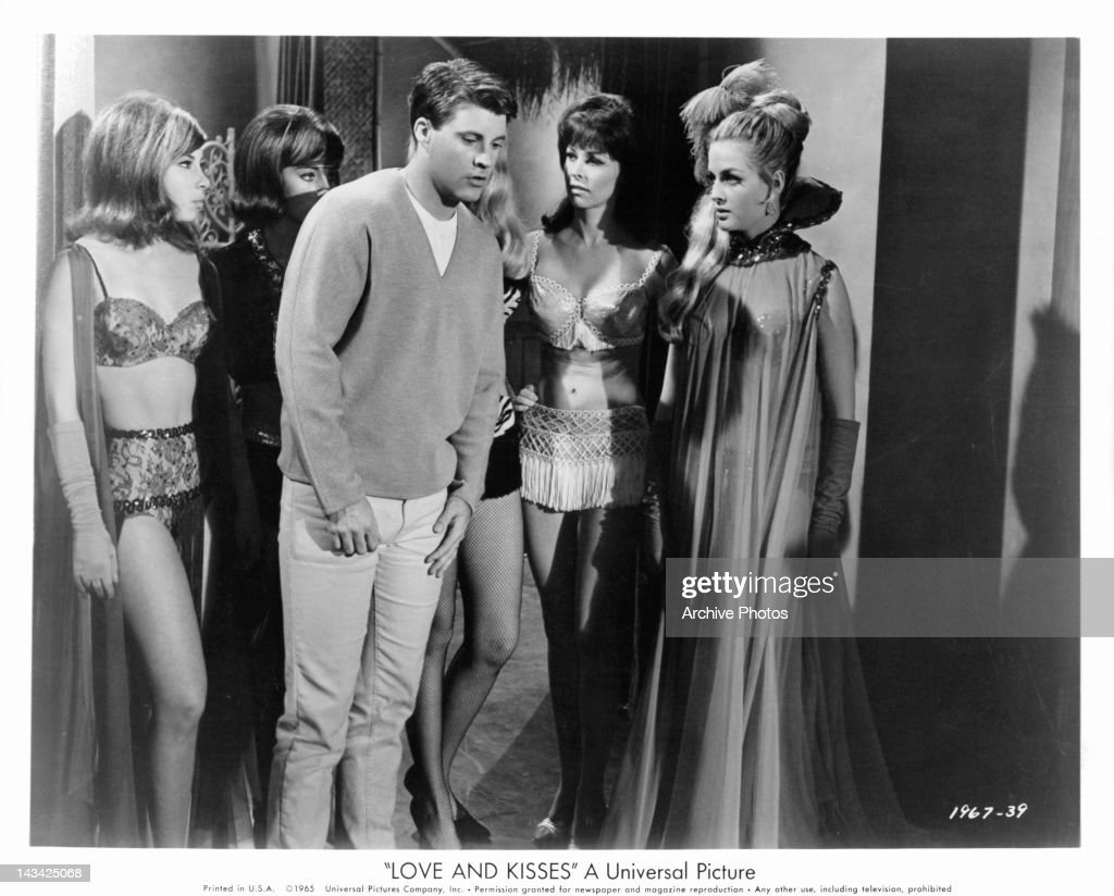 Yuriko Shiratori (b. 1983),Vinny Arora 2007 XXX nude Carol Drinkwater,Brenda Jimenez