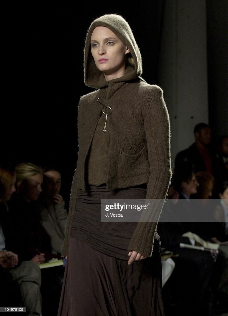Mercedes-Benz Fashion Week - Rick Owens Fall 2002 Collection : News Photo