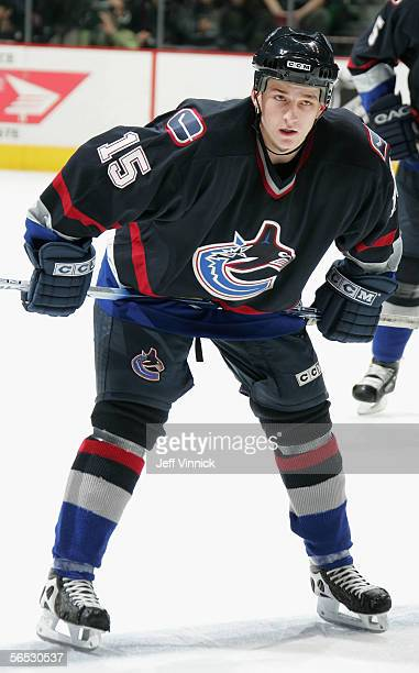 Rick Rypien of the Vancouver Canucks prepares to face off against the Edmonton Oilers during the NHL game at General Motors Place on December 21,...