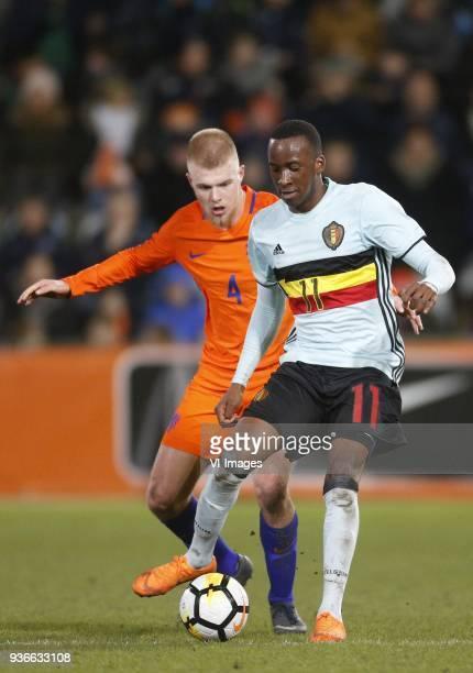 Rick van Drongelen of Jong Oranje Dodi Lukebakio Ngandoli of Jong Belgium during the International friendly match between Netherlands U21 and Belgium...