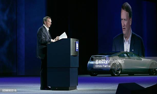 Rick Wagoner Chairman and CEO of General Motors delivers a keynote address for the 2008 International Consumer Electronics Show at the Venetian...