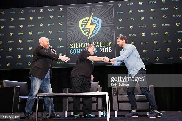 Rick White and Steve Wozniak thank actor Jon Heder for stepping in during a panel on the last day of the Silicon Valley Comic Con on March 20 2016 in...