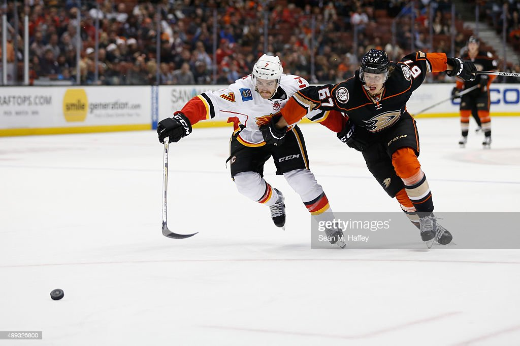 Calgary Flames v Anaheim Ducks : News Photo