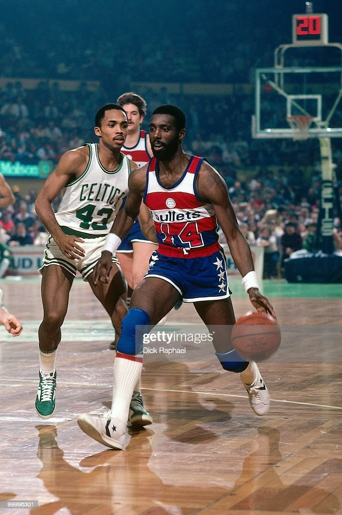 Rickey Sobers #14 of the Washington Bullets drives the ball up court against Gerald Henderson #43 of the Boston Celtics during a game played in 1983 at the Boston Garden in Boston, Massachusetts.