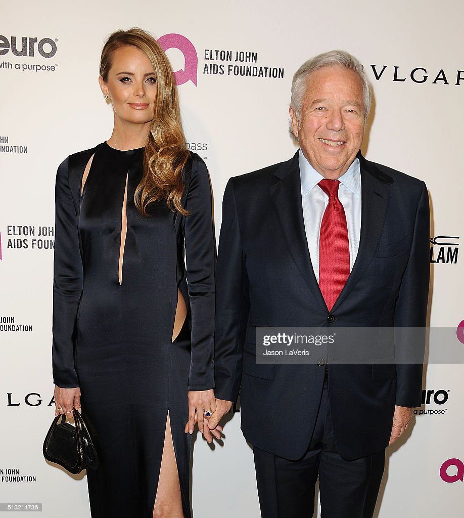 Ricki Noel Lander and Robert Kraft attend the 24th annual Elton John AIDS Foundation's Oscar viewing party on February 28, 2016 in West Hollywood, California.