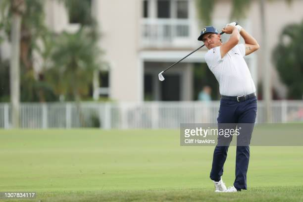 Rickie Fowler of the United States plays a shot on the 18th hole during the first round of The Honda Classic at PGA National Champion course on March...
