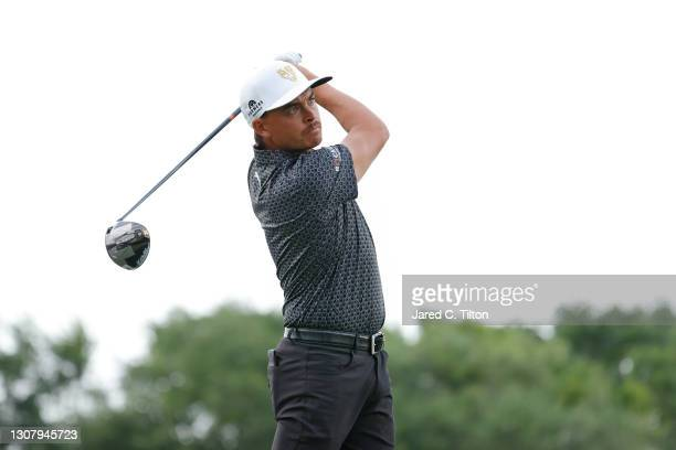 Rickie Fowler of the United States plays his shot from the 12th tee during the second round of The Honda Classic at PGA National Champion course on...