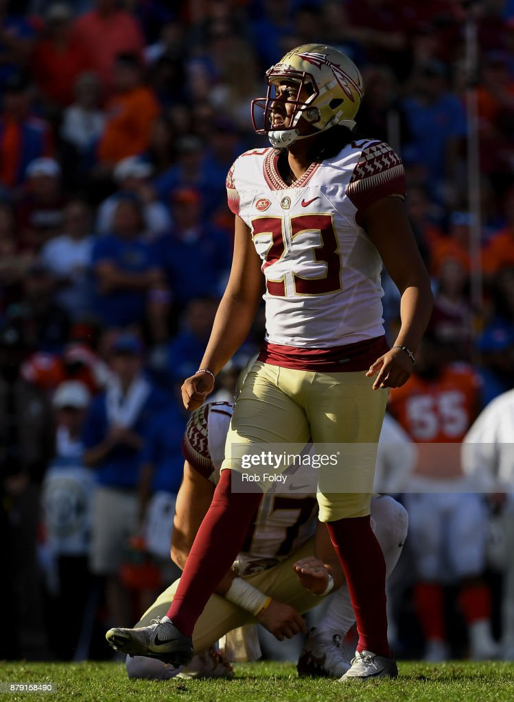 Ricky Aguayo #23 of the Florida State Seminoles watches a kick during the game against the Florida Gators at Ben Hill Griffin Stadium on November 25, 2017 in Gainesville, Florida.