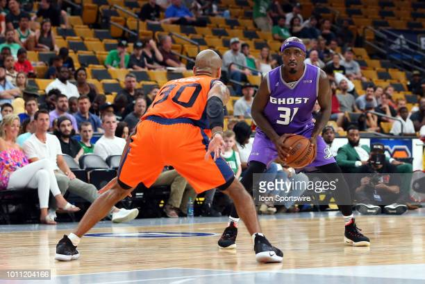Ricky Davis of Ghost Ballers and Dahntay Jones of 3's Company in action during week 7 of the BIG3 basketball league on August 3 at TD Garden in...