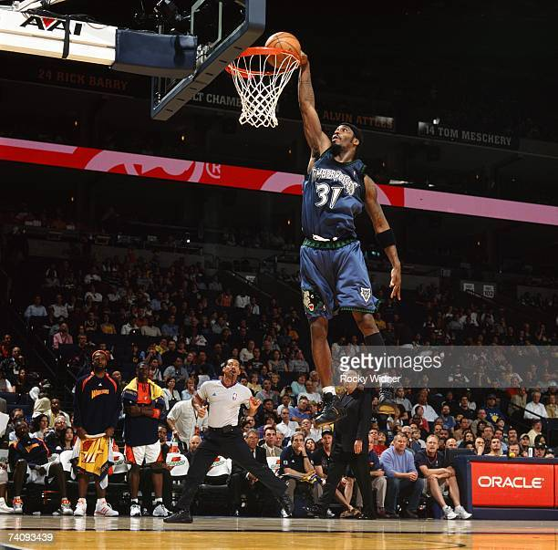Ricky Davis of the Minnesota Timberwolves dunks during the game against the Golden State Warriors at Oracle Arena on April 15, 2007 in Oakland,...