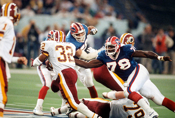 https://media.gettyimages.com/photos/ricky-ervins-of-the-washington-redskins-carries-the-ball-against-the-picture-id460519280?k=6&m=460519280&s=612x612&w=0&h=HaB4Zz5Aqi4W6qwJYurjmevjkC92C-YOabpbDUgD8TE=