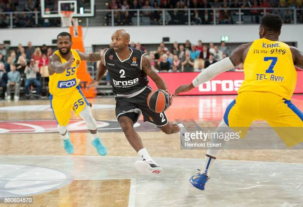 Ricky Hickman #2 of Brose Bamberg in action during the 2017/2018 Turkish Airlines EuroLeague Regular Season Round 1 game between Brose Bamberg v...