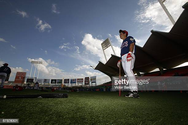 Ricky Ledee of Puerto Rico warms up before the game against Cuba on March 15 2006 at Hiram Bithorn Stadium in San Juan Puerto Rico Cuba defeated...