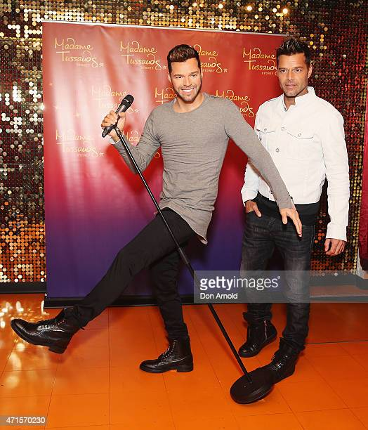Ricky Martin meets his wax figure at Madame Tussauds on April 30 2015 in Sydney Australia