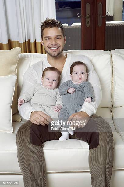 Ricky Martin poses with sons Matteo Martin and Valentino Martin on November 19 2008 in San Juan Puerto Rico