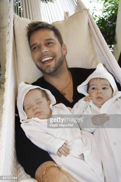 Ricky Martin poses with sons Matteo Martin and Valentino Martin on November 12 2008 in Miami Florida