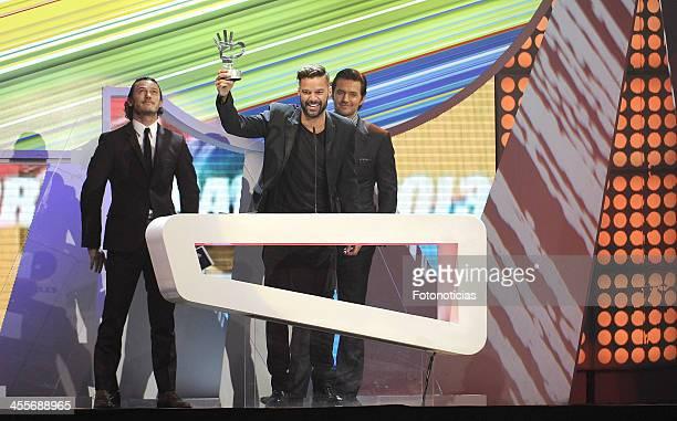 Ricky Martin receives a '40 Principales Award' during '40 Principales Awards' 2013 Gala at the Palacio de los Deportes on December 12 2013 in Madrid...