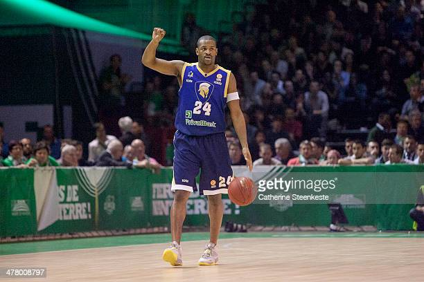 Ricky Minard of Budivelnik Kiev is calling for a play during the game between JSF Nanterre and Budivelnik Kiev at La Halle Carpentier on March 11...