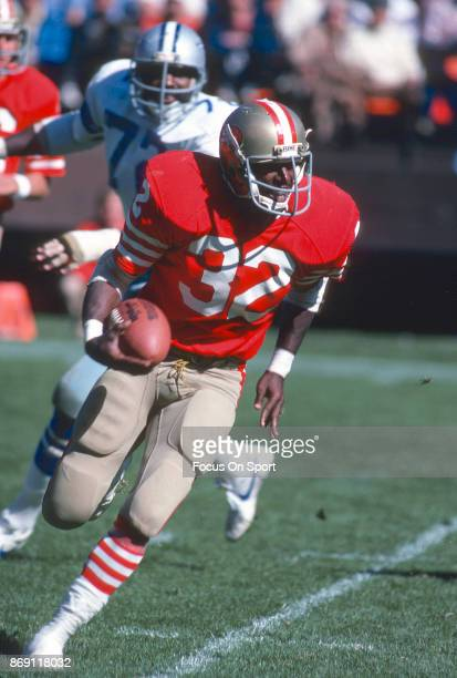 Ricky Patton of the San Francisco 49ers carries the ball against the Dallas Cowboys during an NFL football game October 11 1981 at Candlestick Park...