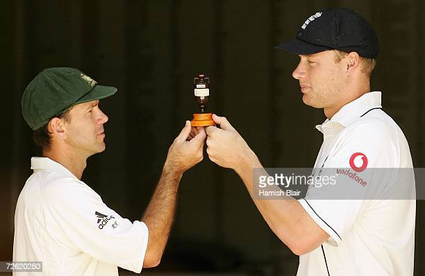 Ricky Ponting captain of Australia and Andrew Flintoff captain of England pose with a replica Ashes urn ahead of the First Ashes Test at the Gabba on...
