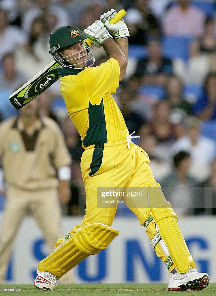 Ricky Ponting of Australia in action during the Twenty20 International Match between New Zealand and Australia played at Eden Park on February 17, 2005 in Auckland, New Zealand