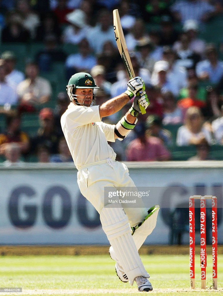 First Test - Australia v Pakistan: Day 3