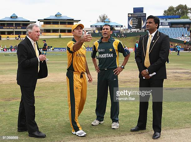 Ricky Ponting of Australia tosses the coin with commentator Ian Chappell Younis Khan of Pakistan and match referee Javagal Srinath looking on ahead...