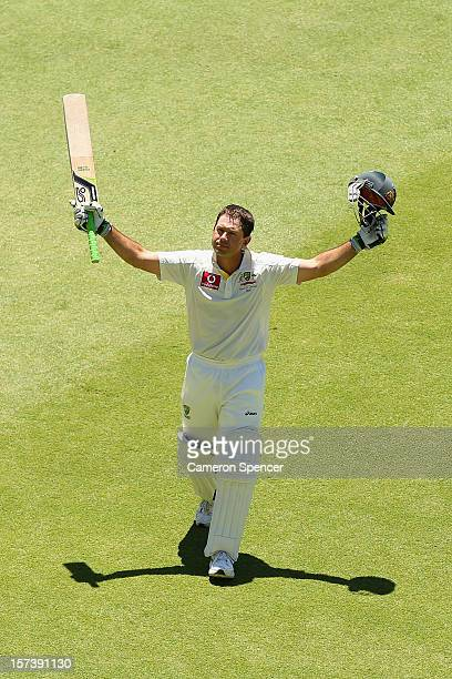 Ricky Ponting of Australia walks off the field to a standing ovation after playing his last inning for Australia during day four of the Third Test...