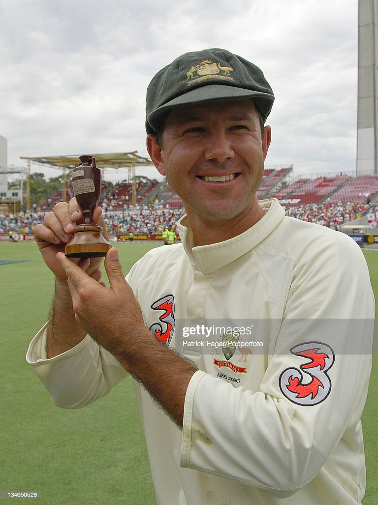 Australia v England, 3rd Test, Perth, Dec 06 : News Photo