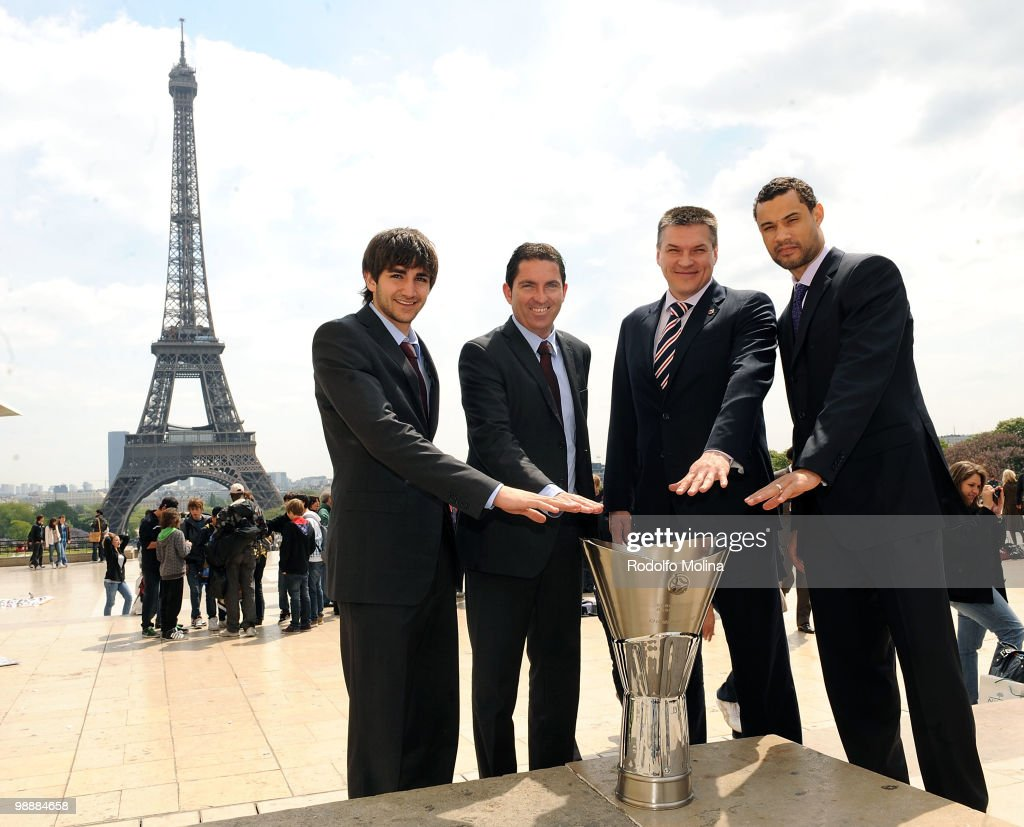 Euroleague Basketball Players And Coaches Photocall At The Eiffel Tower