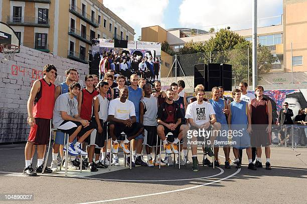 Ricky Rubio and Juan Carlos Navarro of Regal FC Barcelona and Kobe Bryant and Pau Gasol of the Los Angeles Lakers pose for a photograph at a Nike...