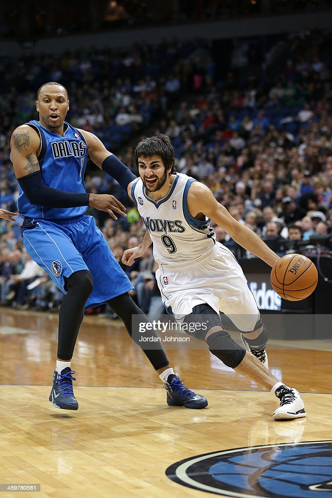Ricky Rubio #9 of the Minnesota Timberwolves drives to the basket against the Dallas Mavericks on November 8, 2013 at Target Center in Minneapolis, Minnesota.