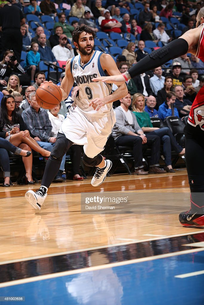 Ricky Rubio #9 of the Minnesota Timberwolves handles the ball against the Chicago Bulls during the game on April 9, 2014 at Target Center in Minneapolis, Minnesota.