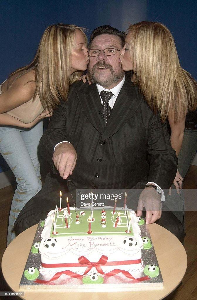 """Mike Bassett-england Manager"" : News Photo"