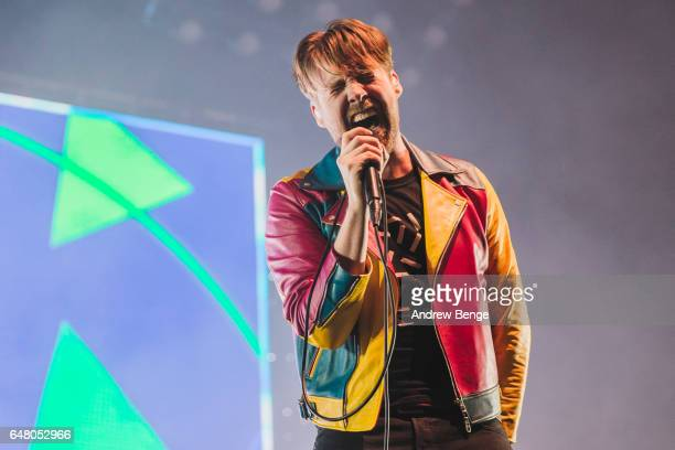 Ricky Wilson of Kaiser Chiefs perform at First Direct Arena on March 4 2017 in Leeds United Kingdom