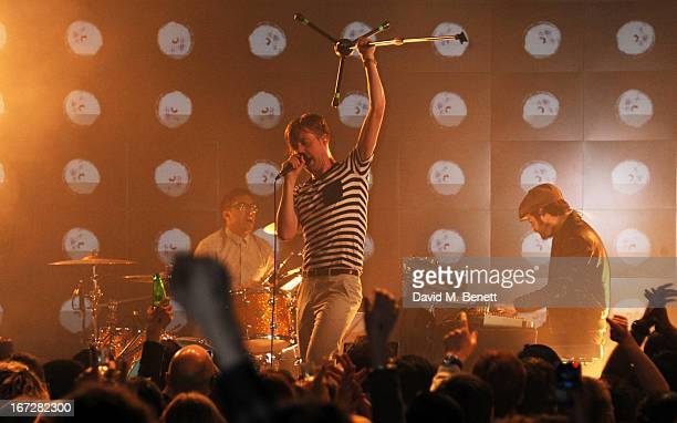 Ricky Wilson of Kaiser Chiefs performs at Burberry Live at 121 Regent Street at Burberry on April 23 2013 in London England