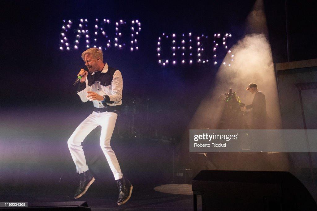 Kaiser Chiefs Perform At Usher Hall, Edinburgh : News Photo