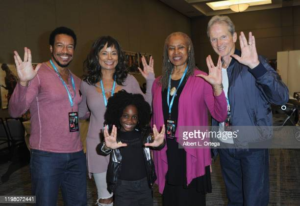 Rico E Anderson Alex Datcher Kyrie Mcalpin Ursaline Bryant and James Horan attends the 2020 Hollywood Show held at Marriott Burbank Airport Hotel on...