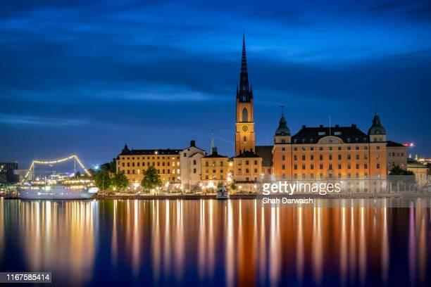 riddarholmen -stockholm - riddarholmkirche stock-fotos und bilder