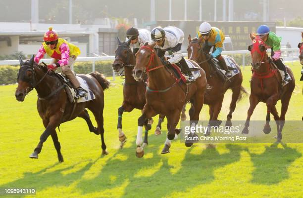 ridden by Douglas Whyte won the barrier trial batch 5 over 1200Metres at Happy Valley HOUSE OF FUN ridden by Joao Moreira 18DEC15