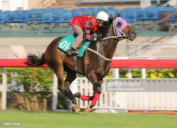 HO ridden by Matthew Chadwick won the barrier trial batch 1 over 1000Metres at Sha Tin 09JUN15