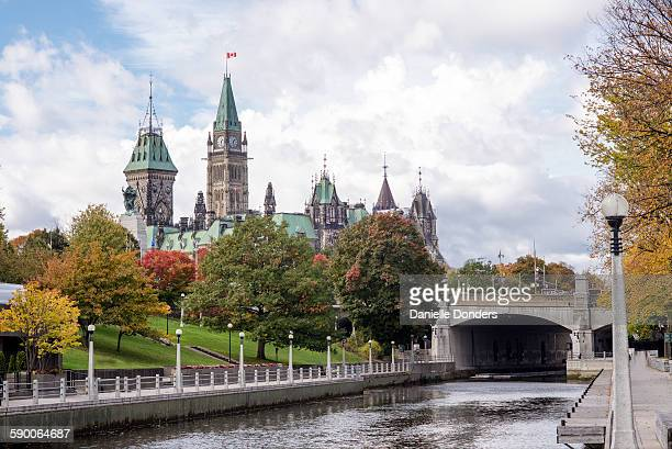 Rideau canal and Parliament Buildings in autumn
