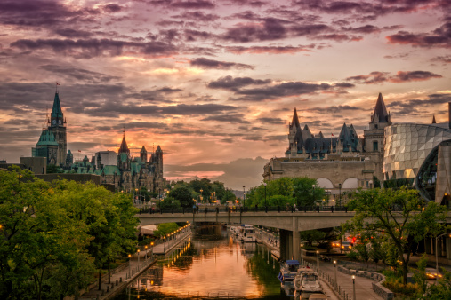 Rideau Canal at Sunset 186755164