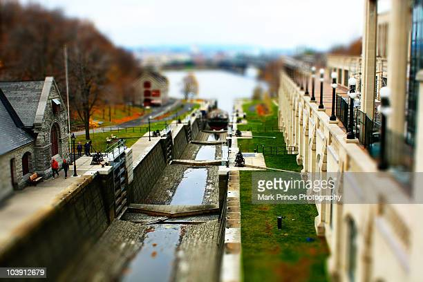 rideau canal lock, tilt-shift - after - リドー運河 ストックフォトと画像