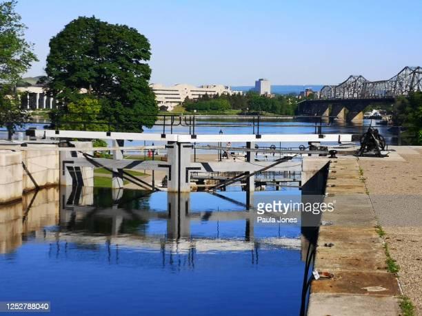 リドー運河ロックス - リドー運河 ストックフォトと画像