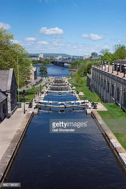 rideaux canal locks - リドー運河 ストックフォトと画像
